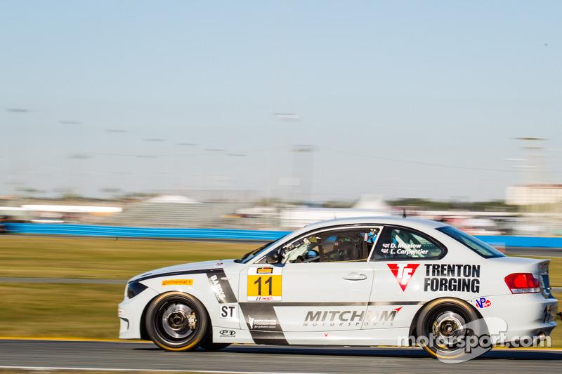 #11 Mitchum Motorsports 宝马 128i: 彼得·麦金托什, 迈克尔·约翰逊