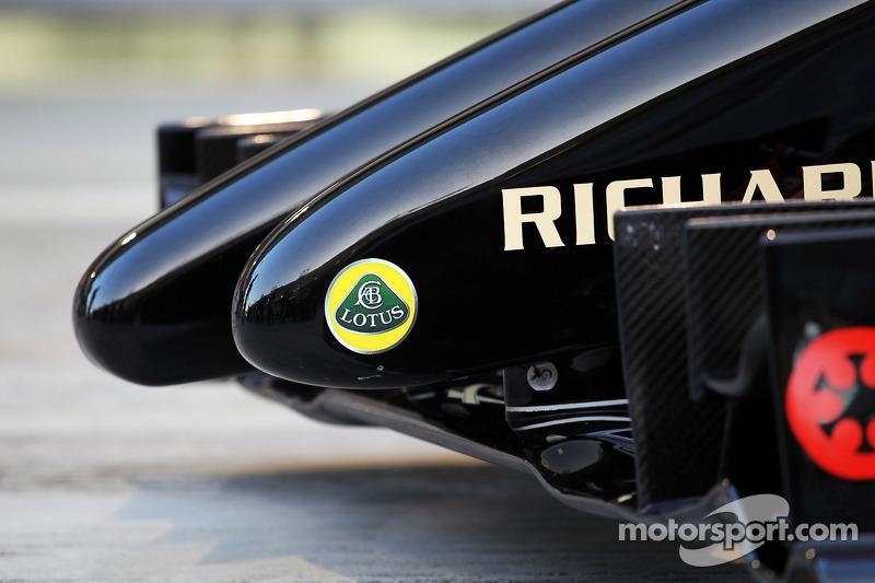 La Lotus F1 E22 è ufficialmente svelata - particolare musetto
