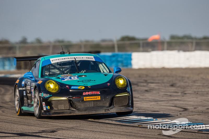 #28 邓普希 Racing 保时捷 911 GT America: 克里斯蒂安·恩格尔哈特, 罗尔夫·伊奈兴, 弗朗兹·康拉德