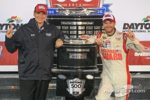 Dale Earnhardt Jr., Hendrick Motorsports Chevrolet, with crew chief Steve Letarte