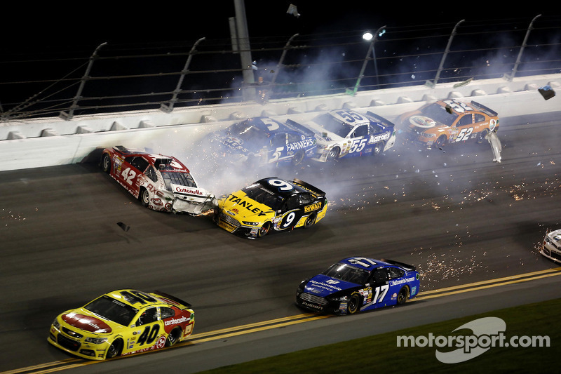 Kyle Larson, Ganassi Racing Chevrolet, Marcos Ambrose, Richard Petty Motorsports Ford, Kasey Kahne, Hendrick Motorsports Chevrolet, Brian Vickers, Michael Waltrip Racing Toyota, Bobby Labonte, HScott Motorsports Chevrolet