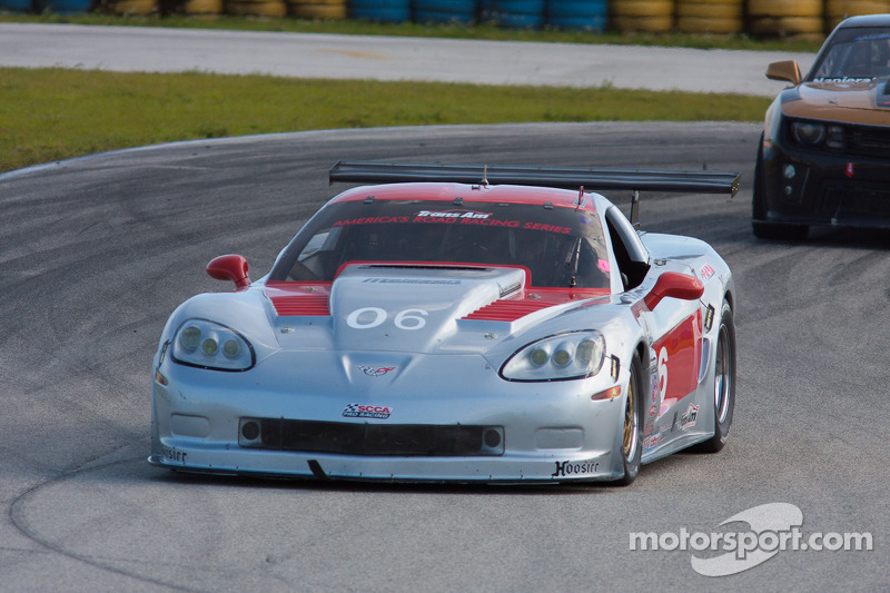 #06 Disco 106 Optica Lopez Chevrolet Corvette: R.J. Lopez
