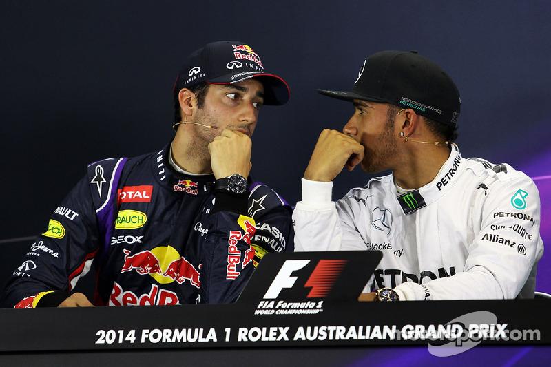 (L to R): Daniel Ricciardo, Red Bull Racing with Lewis Hamilton, Mercedes AMG F1 in the FIA Press Conference