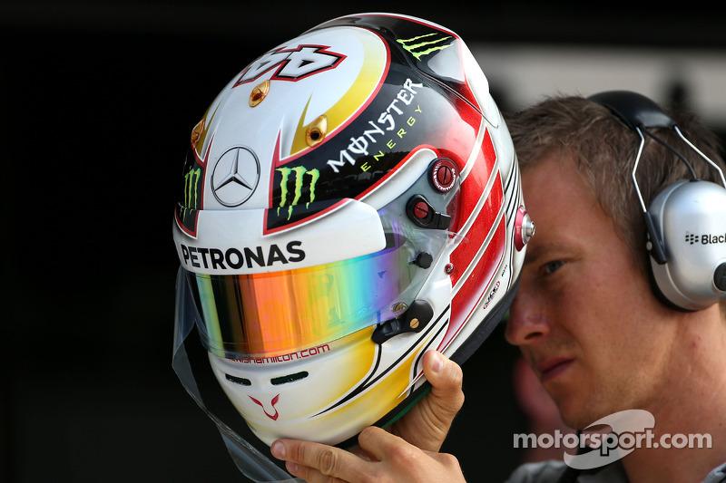 Lewis Hamilton'ın kaskı, Mercedes AMG F1 Takımı