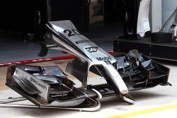 McLaren MP4-29 front wing