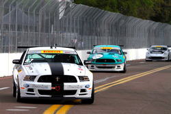 #87 DWW Motorsports 福特 野马: 克里斯·乌特岑