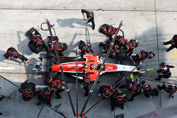 Max Chilton, Marussia F1 Team pit stop