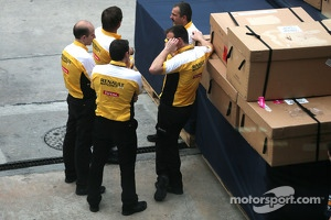 Renault engineers 30