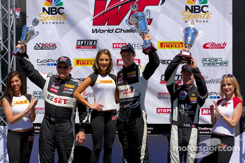 GTS podio: il vincitore Lawson Aschenbach, il secondo posto Jack Baldwin, il terzo posto Andy Lee