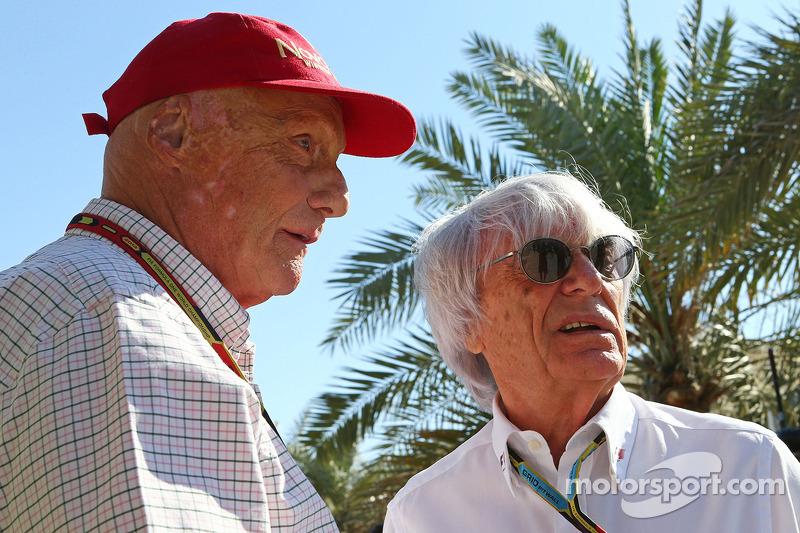 (L to R): Niki Lauda, Mercedes Non-Executive Chairman with Bernie Ecclestone (GBR)