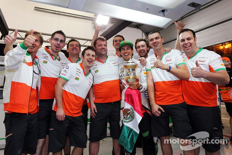 Sergio Pérez, Sahara Force India F1 celebra su tercera posición con el equipo