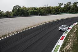 #8 M-Sport 宾利 宾利 Continental GT3: 邓肯·塔皮, 安东尼·勒克勒克, 杰罗姆·丹布罗西奥