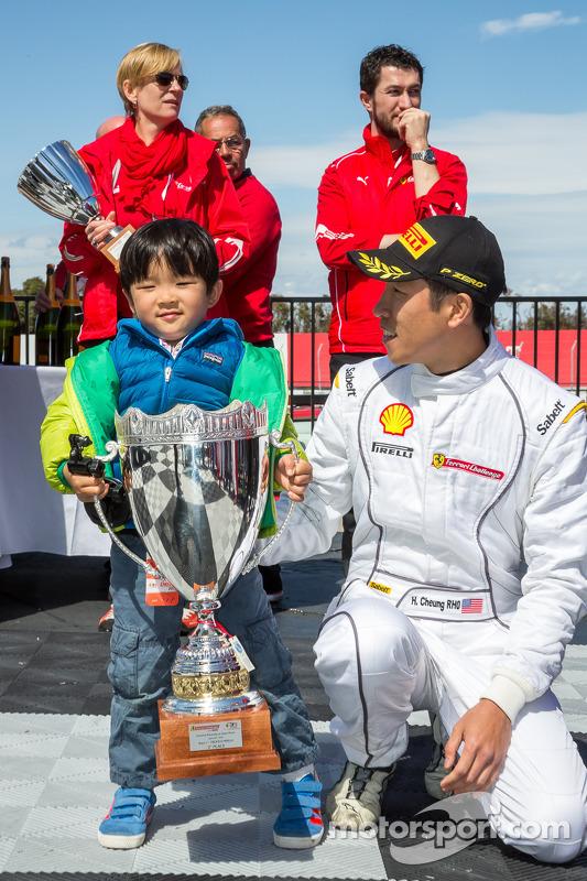 Harry Cheung ve oğlu