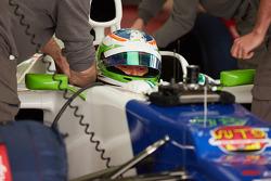 Simona de Silvestro tests a Sauber F1