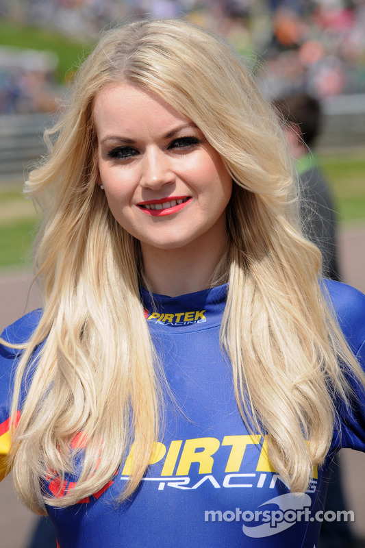 PIRTEK Racing, Grid Girl