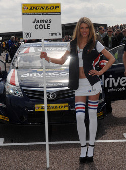 United Autosport Grid girl
