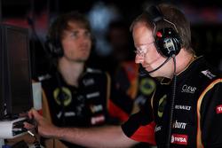 Mark Slade, Lotus F1 Team Race Engineer