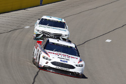Brad Keselowski, Team Penske, Ford Fusion Discount Tire and Gray Gaulding, BK Racing, Toyota Camry Earthwater
