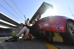 #64 Scuderia Corsa Ferrari 488 GT3, GTD:  Frankie Montecalvo
