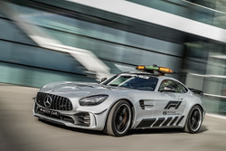 Mercedes-AMG GT R F1最新セーフティカー