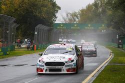 Will Davison, 23Red Racing Ford, leads Scott Pye, Walkinshaw Andretti United Holden