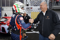 Гонщик BRC Racing Team Габриэле Тарквини и Хайме Пуч, SEAT Sport