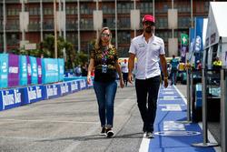 Lucas di Grassi, Audi Sport ABT Schaeffler with his wife