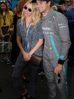 Actress Sienna Miller with Nelson Piquet Jr., Jaguar Racing