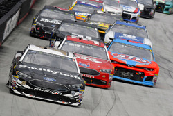 Aric Almirola, Stewart-Haas Racing, Ford Fusion Smithfield and Matt DiBenedetto, Go FAS Racing, Ford Fusion Keen Parts/CorvetteParts.Net