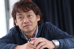 脇阪寿一監督