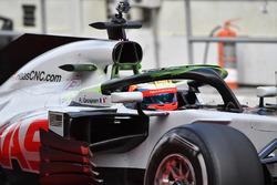Romain Grosjean, Haas F1 Team VF-18 con vernice aerodinamica sull'halo