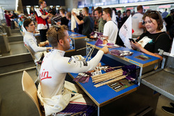 Sam Bird, DS Virgin Racing, signs autographs