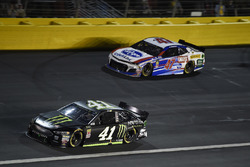 Kurt Busch, Stewart-Haas Racing, Ford Fusion Monster Energy, A.J. Allmendinger, JTG Daugherty Racing, Chevrolet Camaro Kroger ClickList