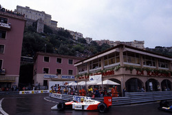 Айтртон Сенна, McLaren MP4/4