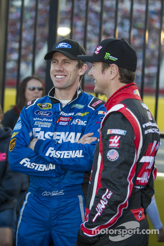 Carl Edwards e Kurt Busch