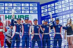 GTC领奖台:第二名奥利维尔·贝雷塔,大卫·马可佐夫,安东·拉迪金,第三名基里尔·拉迪金,阿列克谢·巴索夫,卢卡·佩尔西亚尼