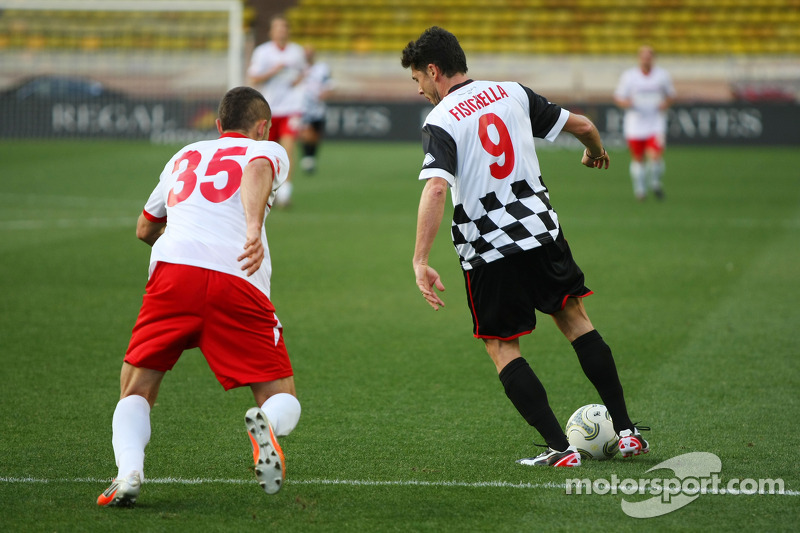 Giancarlo Fisichella, yardım maçında