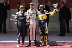 Podium: race winner Jolyon Palmer, second place Mitch Evans, third place Felipe Nasr