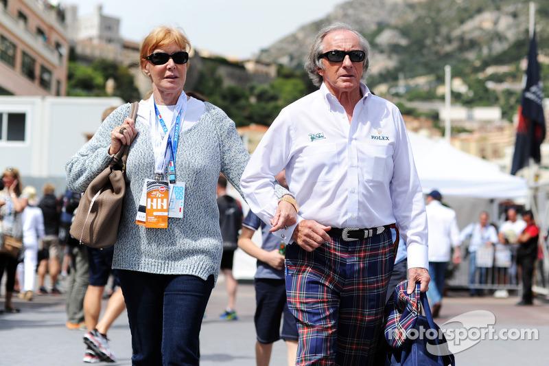Jackie Stewart, con la moglie Helen Stewart