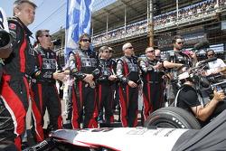 The Andretti Autosport crew