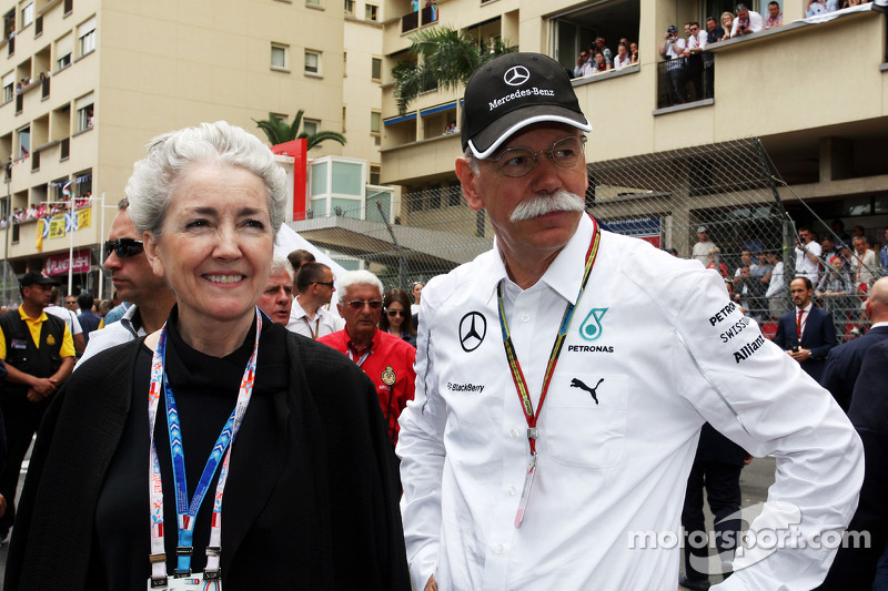 Dr. Dieter Zetsche, Daimler AG CEO on the grid