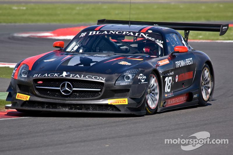 #18 Black Falcon 梅赛德斯 SLS AMG GT3:  尤里·洛博道, 弗拉迪米尔·伦金,  米哈伊尔·洛博道