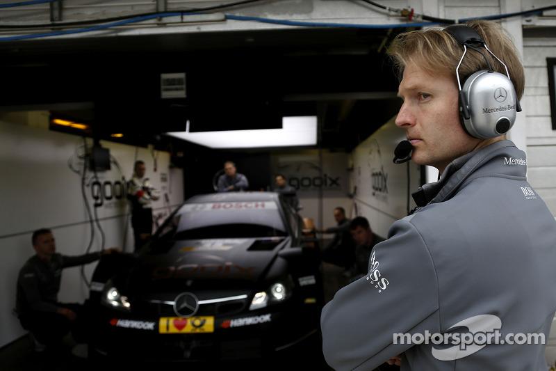 Pascal Wehrlein'in mühendisi, Mercedes AMG DTM-Takımı HWA DTM Mercedes AMG C-CoupÈ