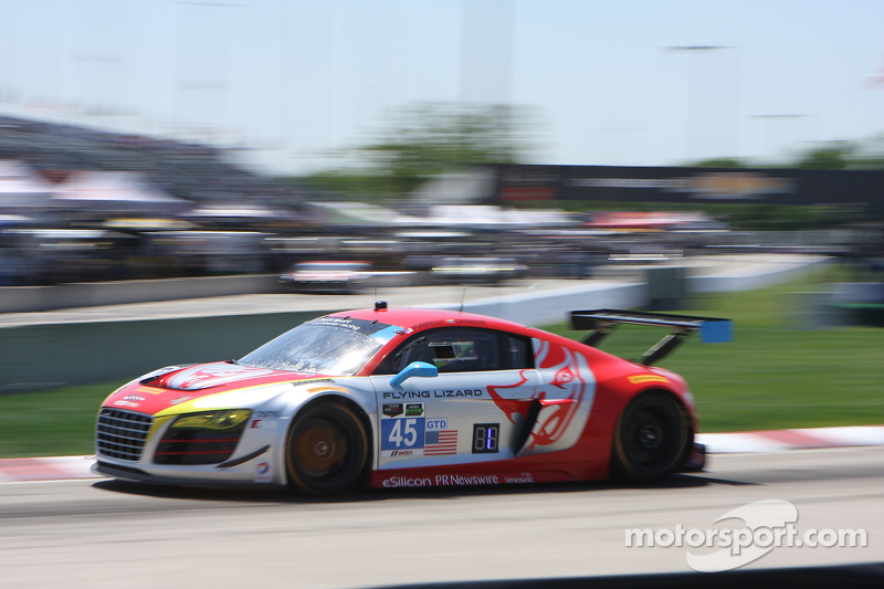 #45 Flying Lizard Motorsports 奥迪 R8 LMS: 尼尔森·卡纳切 Jr., 斯潘瑟·庞佩利