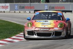 #73 Park Place Motorsports 保时捷 911 GT America: 派特里克·林德赛 & 凯文·埃斯特雷