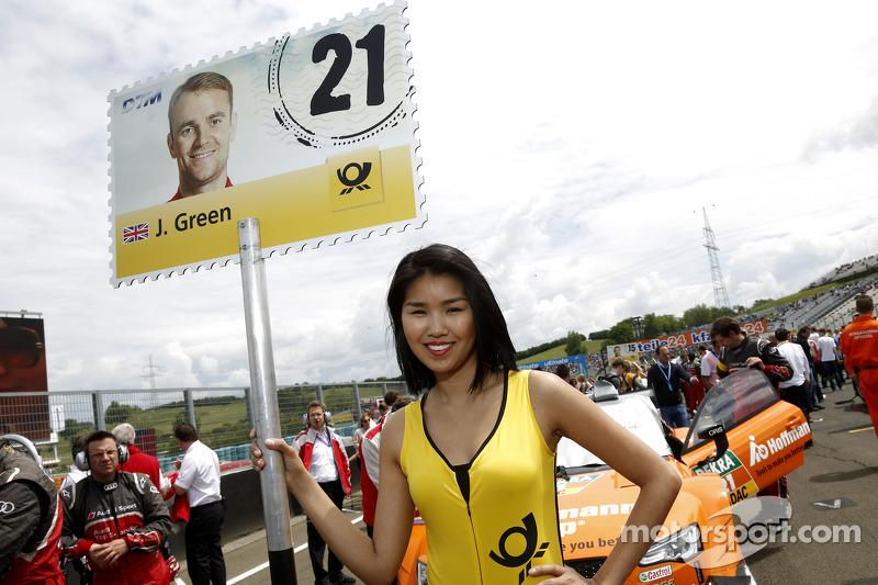 Grid kızı: Jamie Green, Audi Sport Takımı Abt Sportsline Audi RS 5 DTM