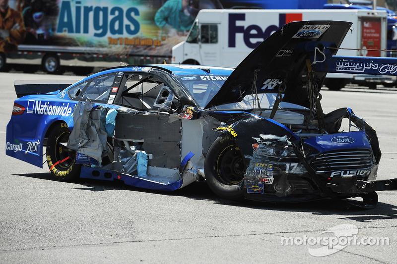 Ricky Stenhouse Jr.'ın hasarlı aracı, Roush Fenway Racing Ford