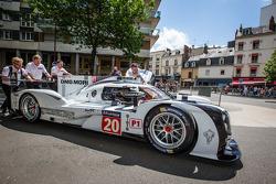 #20 Porsche Team Porsche 919 Hybrid