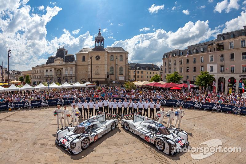 #20 Porsche Team Porsche 919 Hybrid: Timo Bernhard, Mark Webber, Brendon Hartley;#14 Porsche Team Po