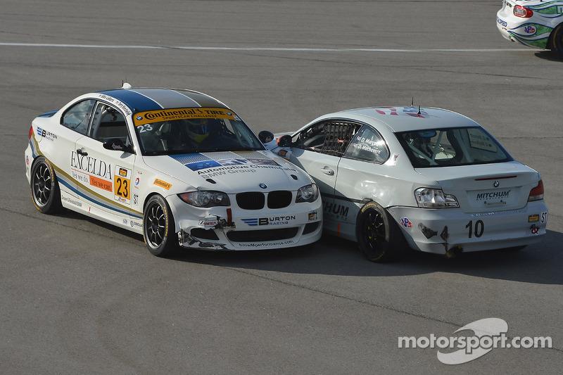 #10 Mitchum Motorsports 宝马 128i: 迪伦·穆尔科特, 狄龙·马沙弗恩 和 #23 Burton Racing 宝马 128i: 特里·博尔切勒, 迈克·拉马拉